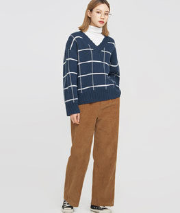 Clean Check Wool Knit